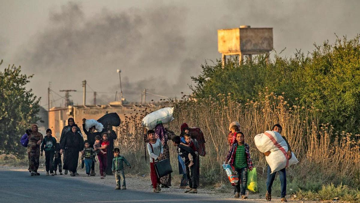 نزوح للسكان بشمال سوريا ومخاوف من تداعيات الهجوم التركي