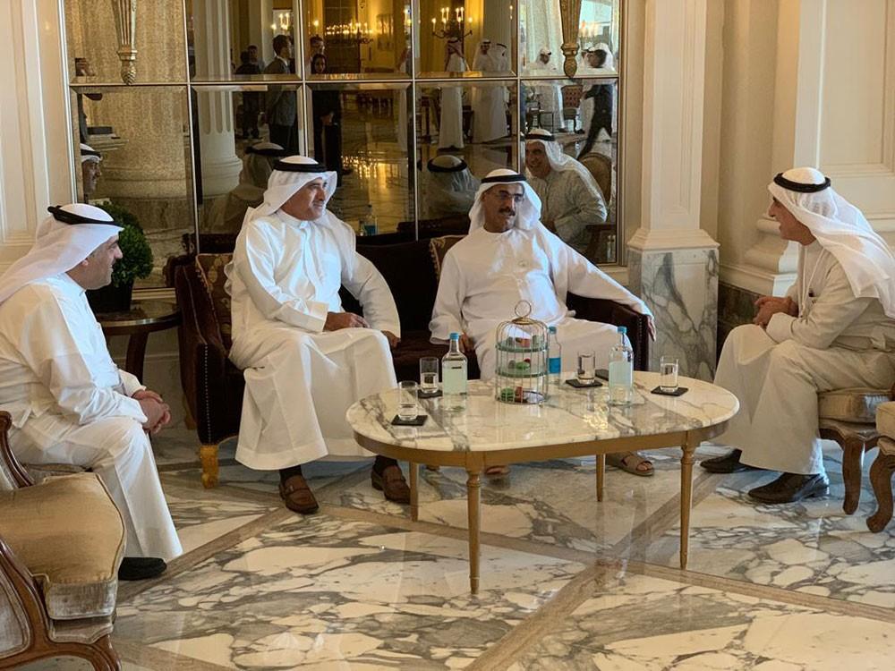 الحمر يبحث التعاون مع وزير تطوير البنية التحتية الإماراتي