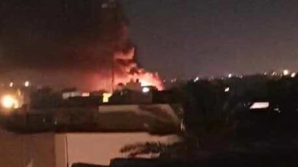ليبيا.. الجيش يدمّر مخازن للذخيرة في مطار معيتيقة