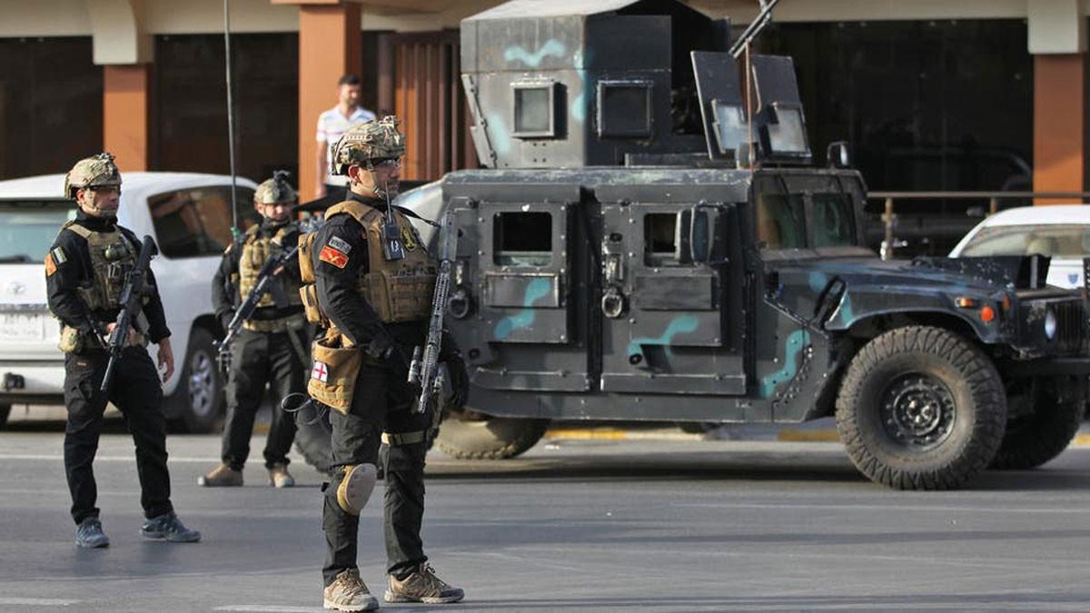 قنبلة يدوية تستهدف قوات الأمن في بغداد.. وسقوط جرحى