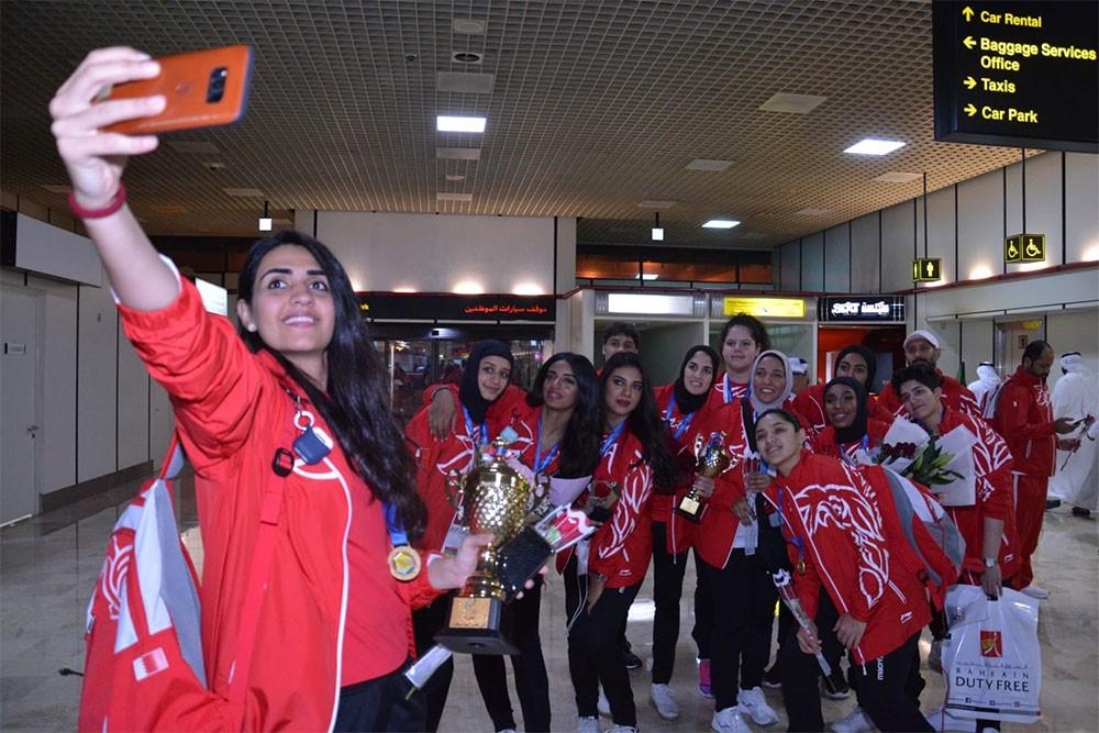 اتحاد الكرة الطائرة ينظم استقبالا رسميا لسيدات الطائرة بطلات الخليج