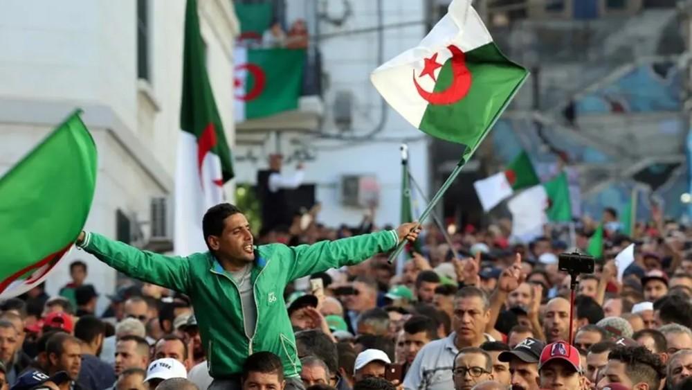 الجزائر.. 5 أسماء مرشحة لدخول قصر المرادية