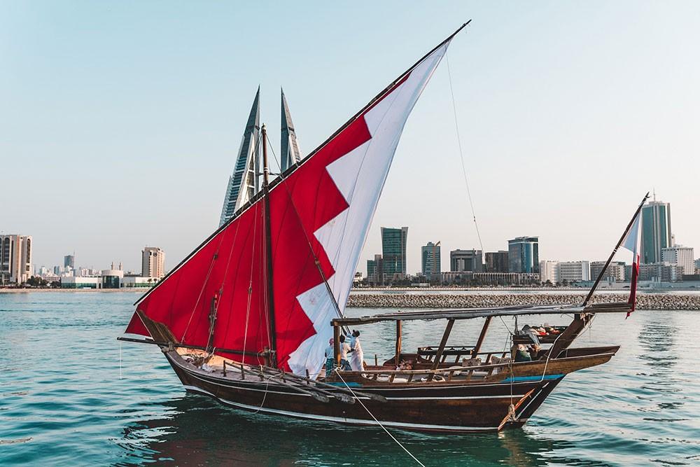 انطلاق مهرجان البحر في شاطئ مراسي البحرين