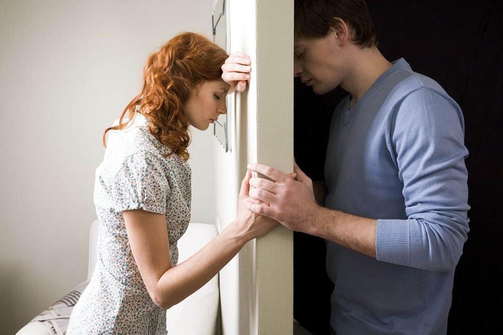 دراسة تكشف عن عامل يساعد الأزواج في حل الخلافات
