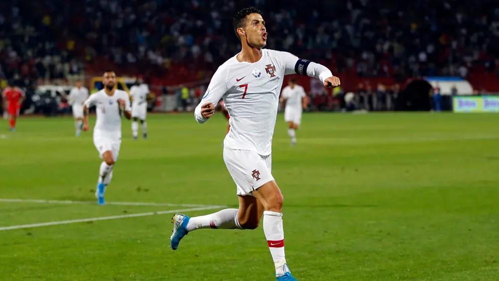 البرتغال تعول على رونالدو للتأهل إلى يورو 2020