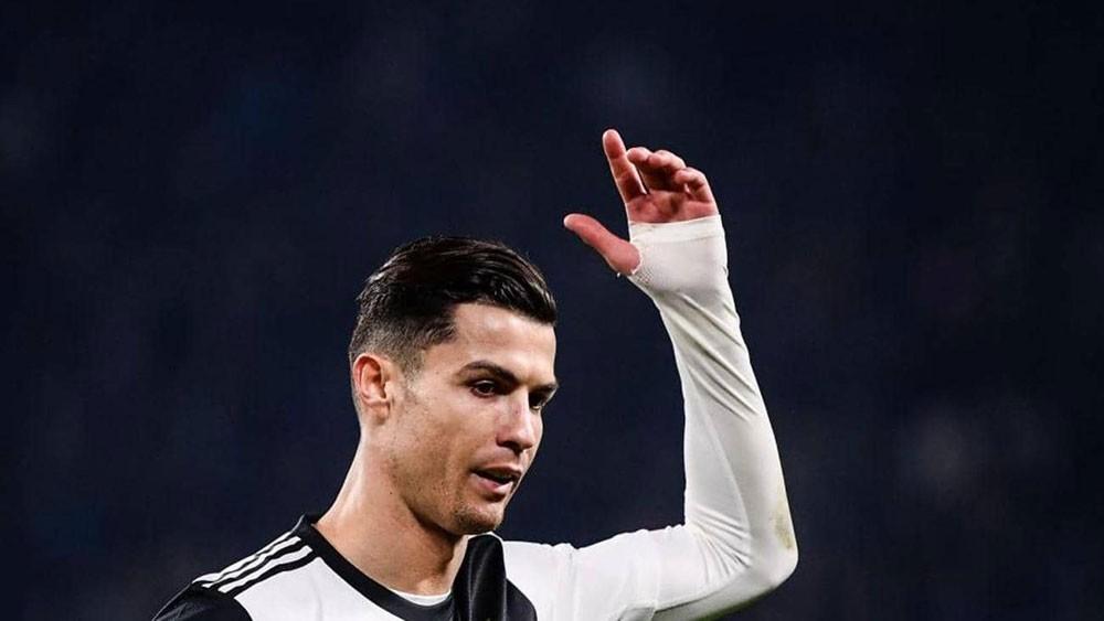 """مدرب البرتغال منزعج بسبب أسئلة عن """"لياقة رونالدو"""""""
