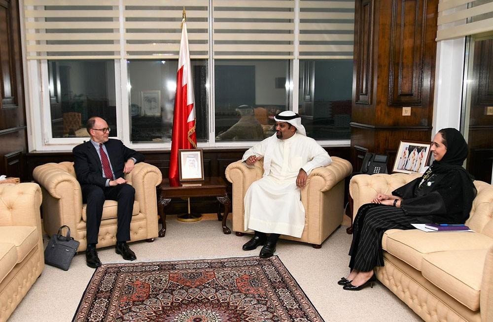 وزير المالية: الأبحاث والدراسات الاقتصادية تلعب دوراً مهماً في التنمية الاقتصادية بالمنطقة