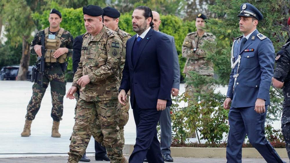 بدء الاستشارات في لبنان.. والحريري يسقط ورقة بيضاء
