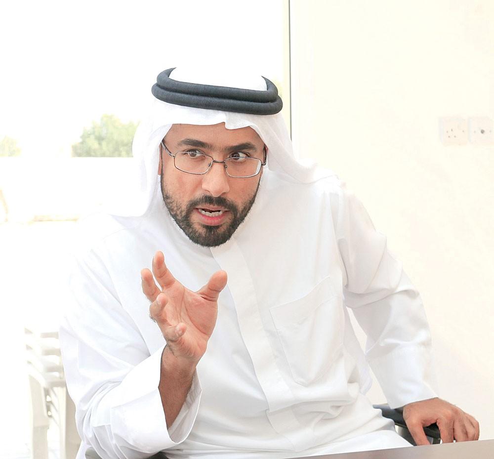 راشد آل خليفة يقهر الصحراء بمزارع الجزيرة الخضراء