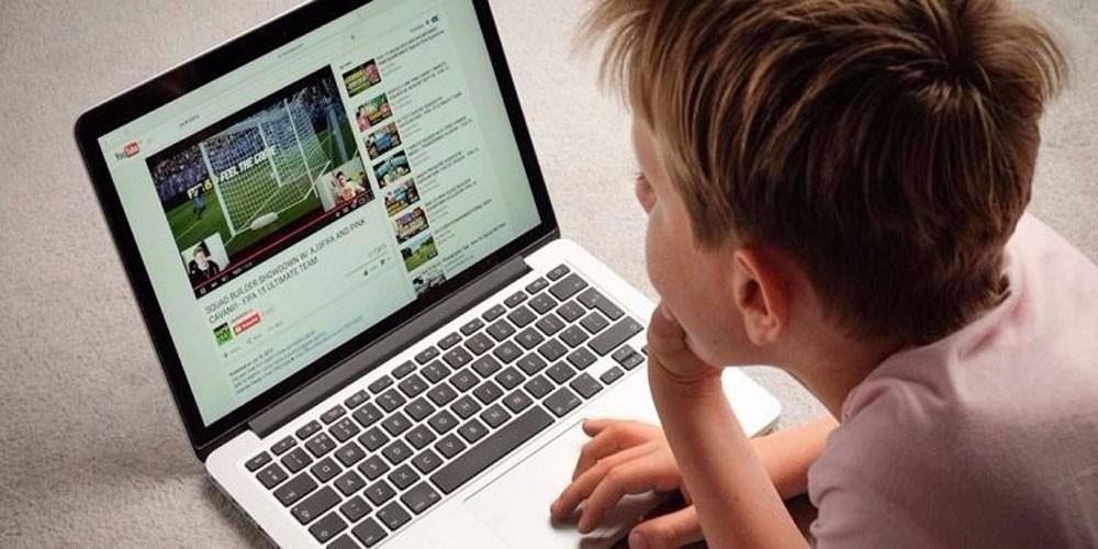 """قيود على مقاطع """"يوتيوب"""" الموجهة للأطفال"""