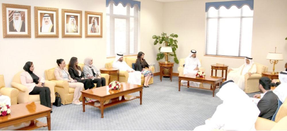 """خالد بن عبد الله: """"حوار"""" مقبلة على مشاريع شاملة بفضل الرعاية الملكية"""