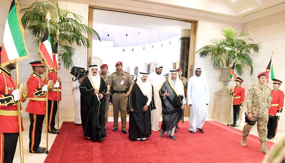 سمو رئيس الوزراء: للكويت مكانة كبيرة في قلب كل بحريني