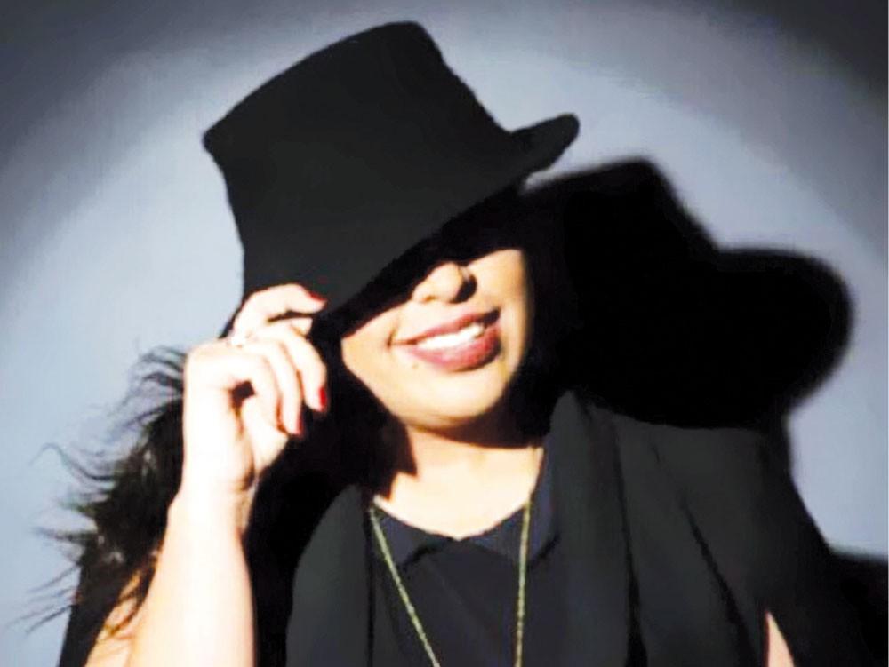 لولوة الشريف أول سعودية تغني في مهرجان عام بالمملكة