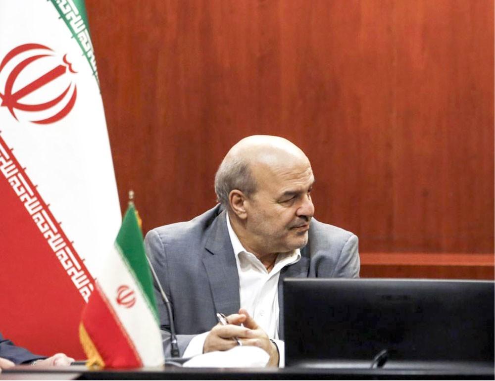 مساعد روحاني يثير قضية 12 ناشطا أخفتهم إيران
