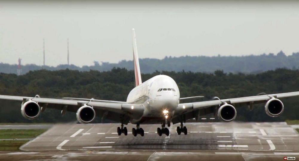 أزمة قلبية تواجه طيارا خلال هبوطه