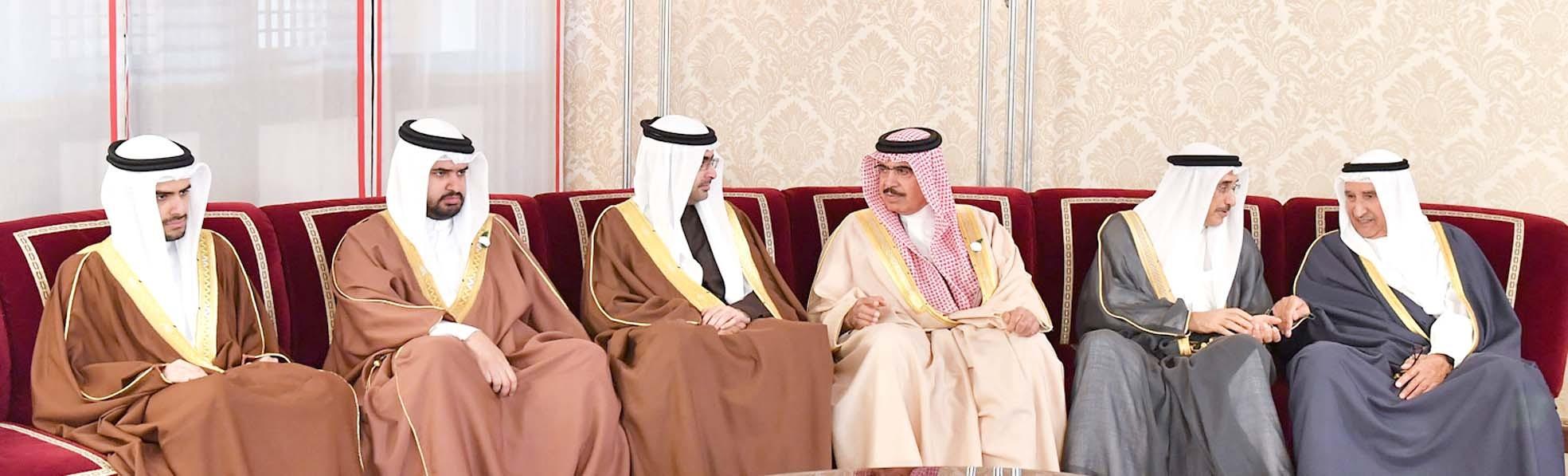 جريدة البلاد أشقاء جلالة الملك يتقبلون التعازي