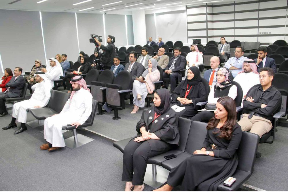 """50 % مساهمة البحرينيين في """"البورصة"""""""