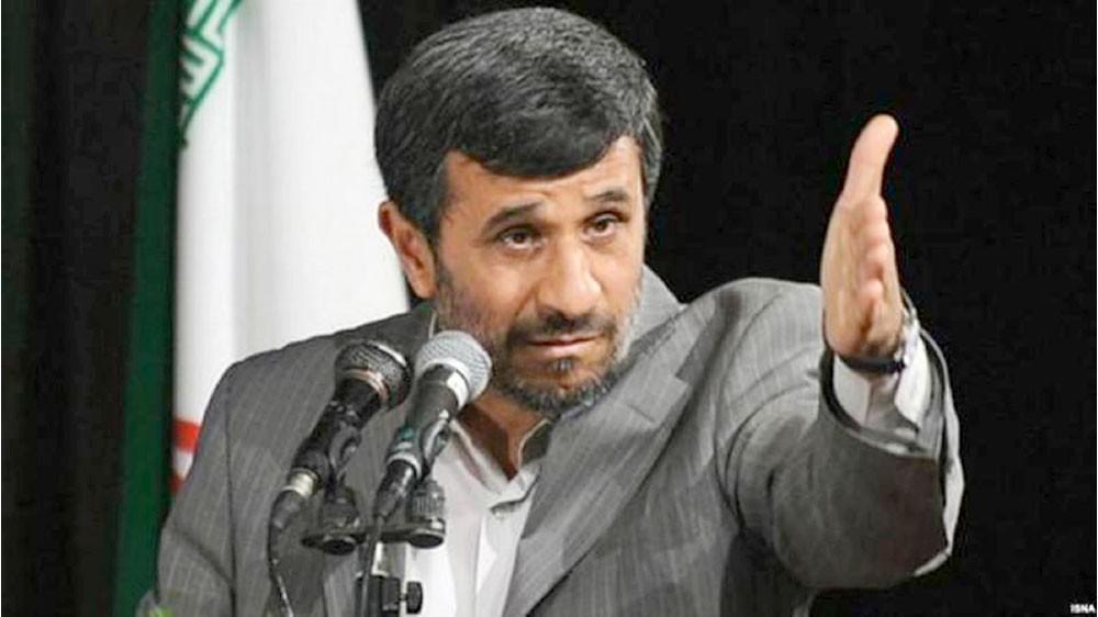 نجاد يطالب بمظاهرات معارضة للحكومة