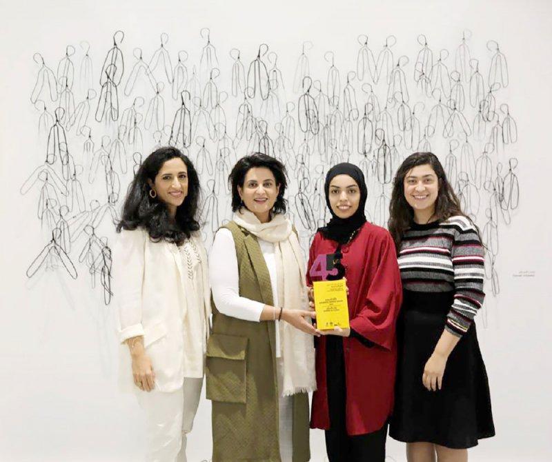 """السباع تحصد جائزة """"الجمهور"""" في """"البحرين للفنون التشكيلية"""""""