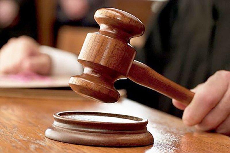 بدء محاكمة 5 متهمين بتوزيع منشورات تحرض للعصيان