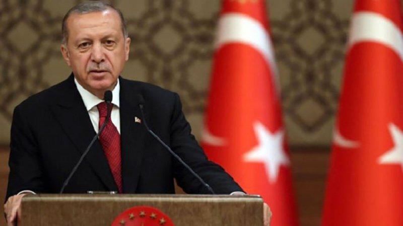 أردوغان يتوعد معارضين داخل حزبه