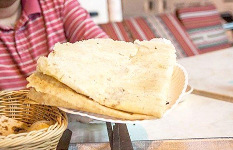 رمضان  بحريني - خبز الرقاق.. أقدم الأكلات الشعبية