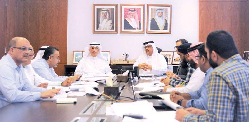 """اجتماع تنسيقي بين """"الأشغال"""" وجامعة الخليج"""
