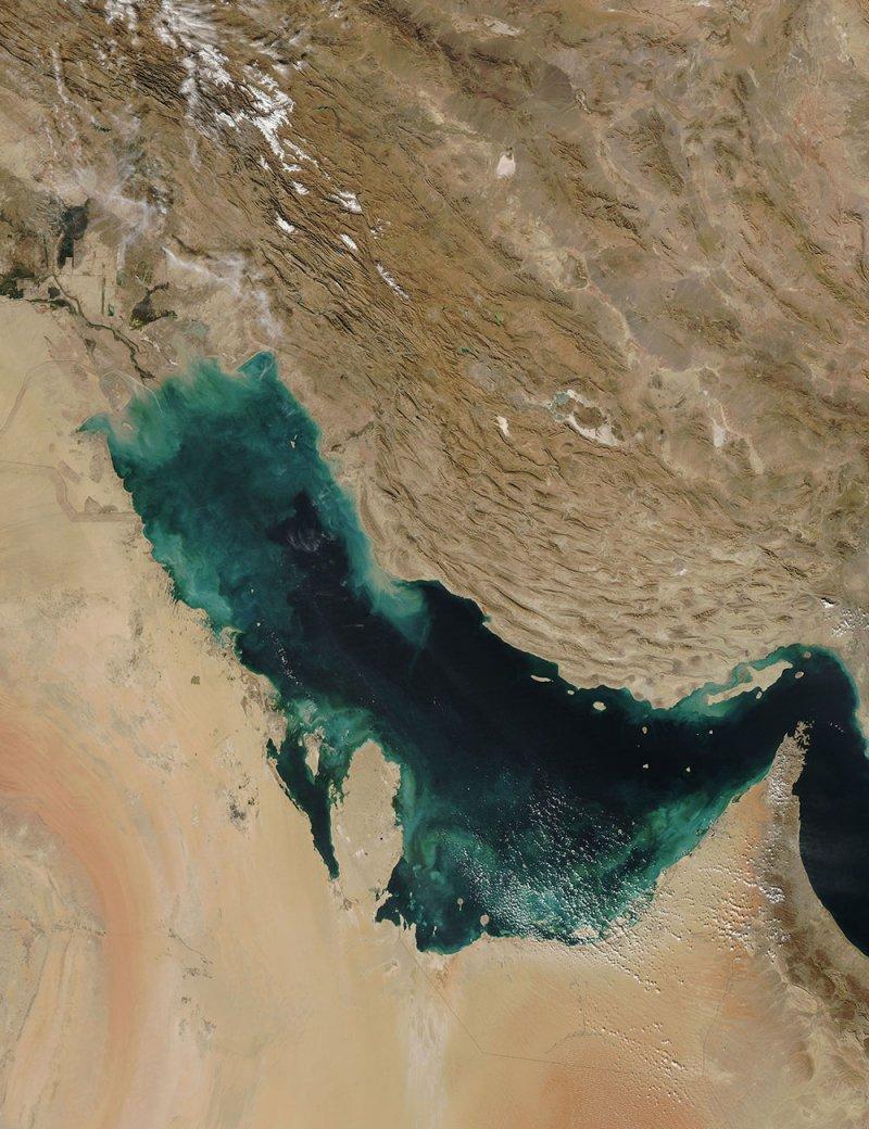 تحذير شركات الطيران الأميركية أثناء التحليق فوق الخليج