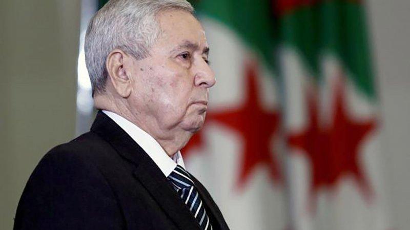 إقالة وزير العدل الجزائري وسط قضايا فساد
