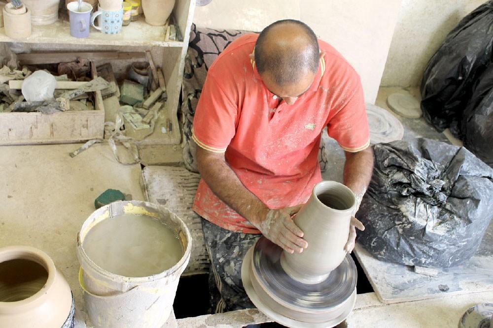 صناعة الفخار في البحرين... تصارع من أجل البقاء