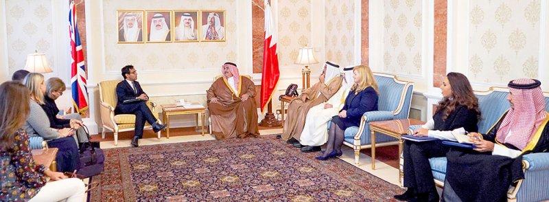 وزير الخارجية يؤكد الحرص المشترك على تطوير العلاقات