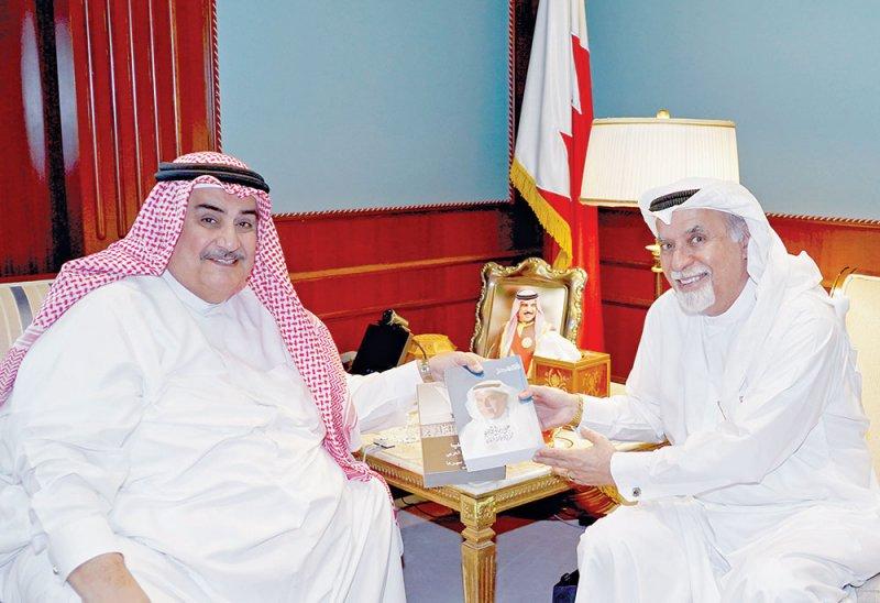 وزير الخارجية: مؤلفات المدني تثري الساحة الثقافية