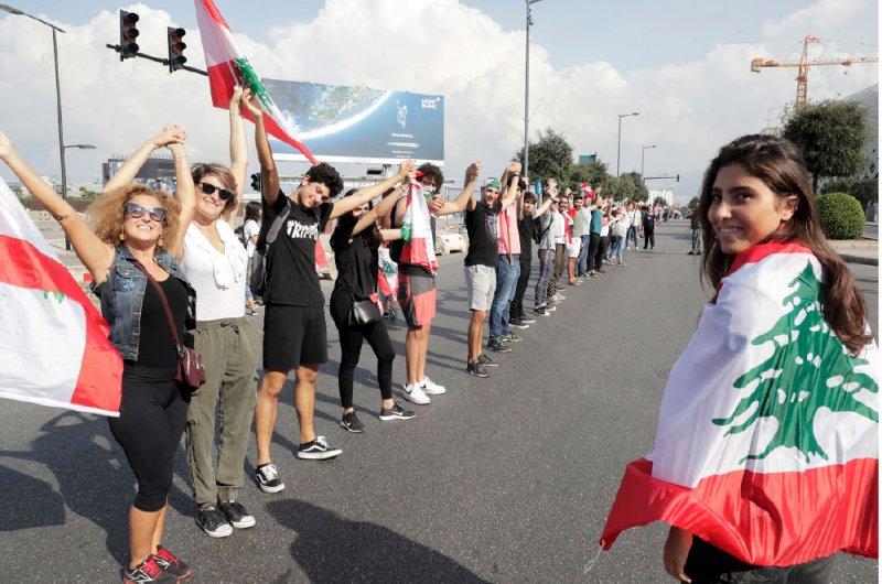 لبنان.. تواصل الاحتجاجات لليوم الـ 11 على التوالي